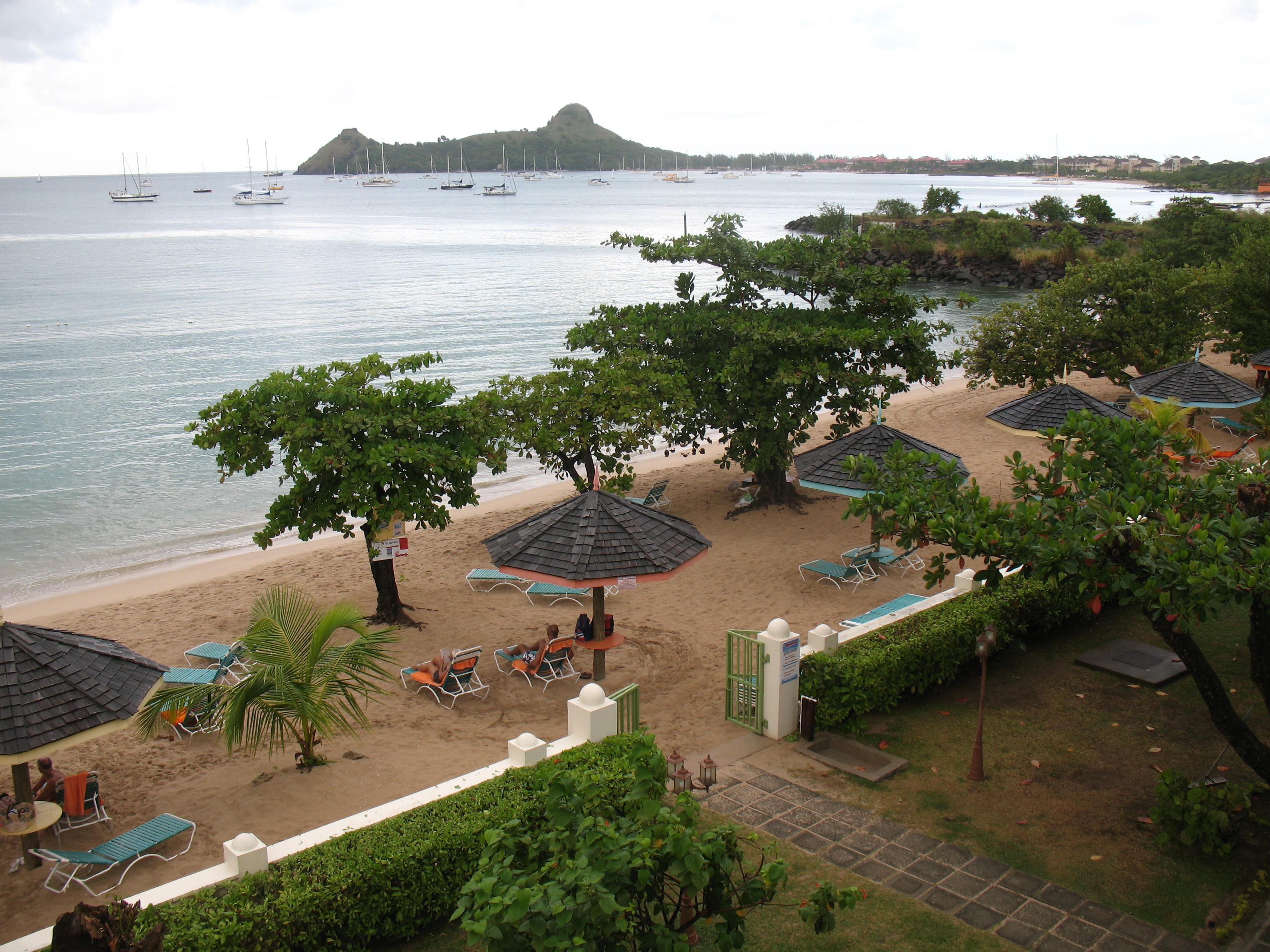 Bay Gardens Beach U2013 St Lucia (11)